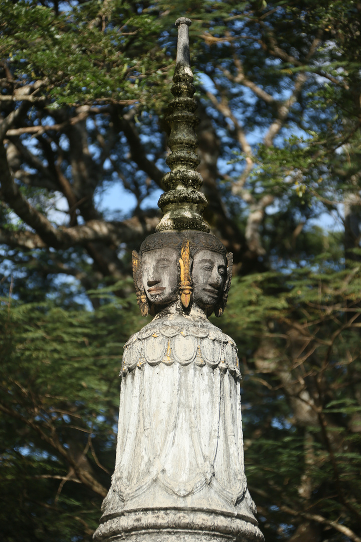Angkor, Friedhofsfigur