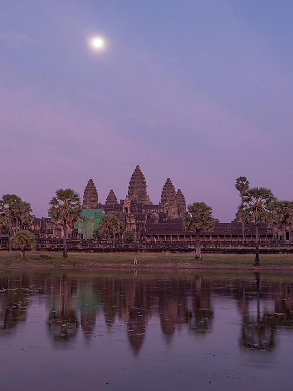 Angkor Moon