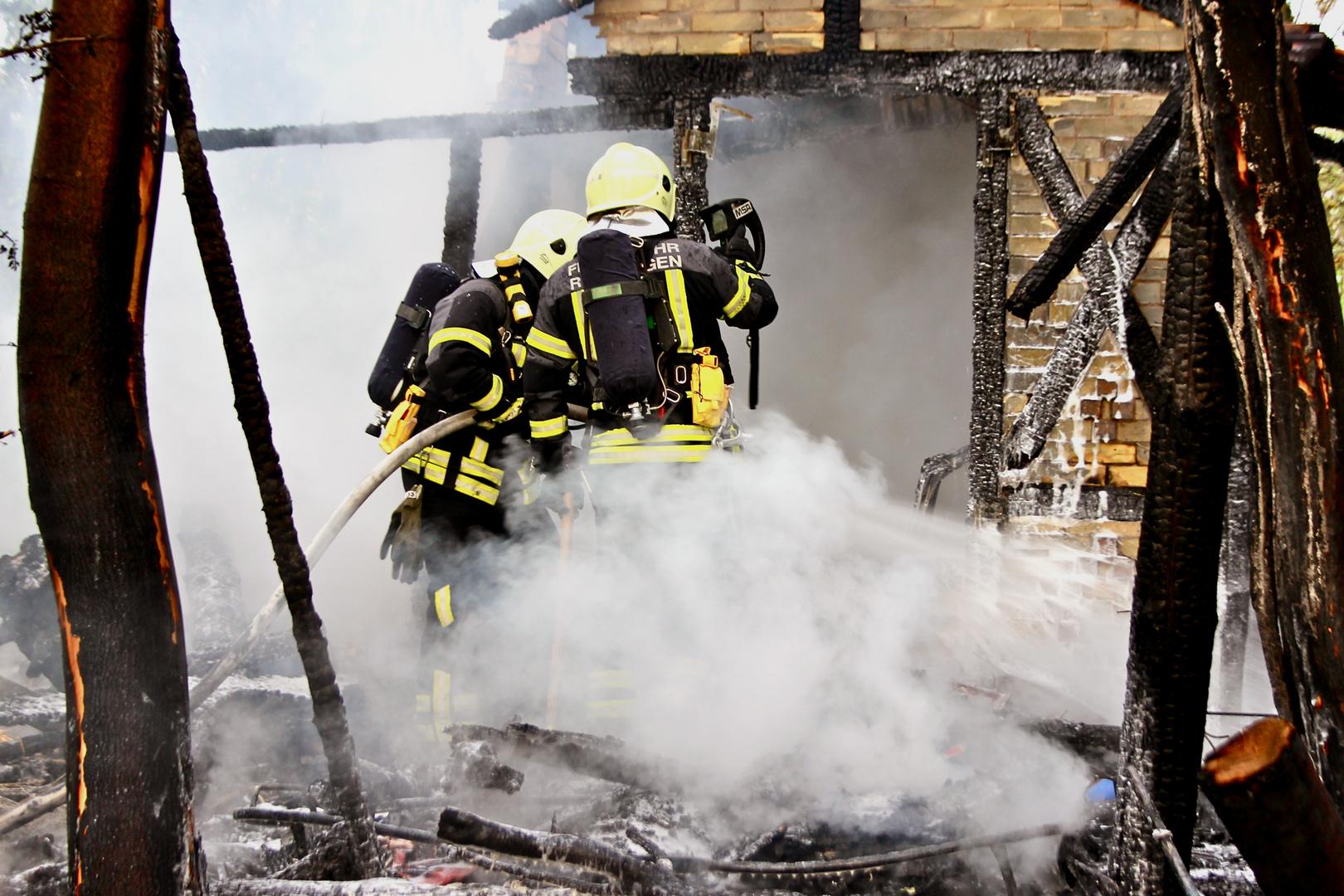 Angriffstrupp im Brand