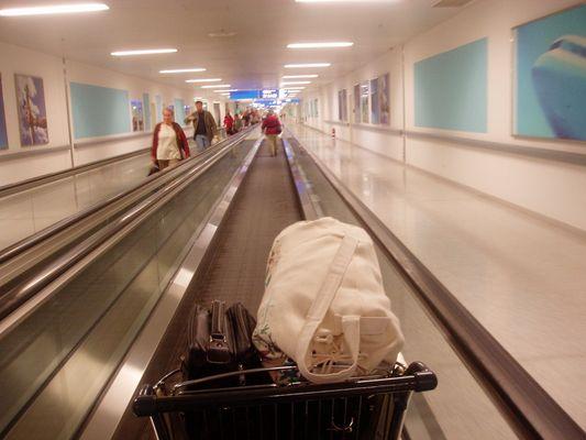 Ankunft in Athen am Flughafen.
