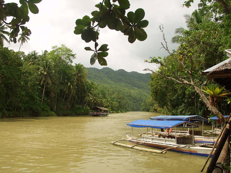 Anlegestelle für Loboc River Rundfahrten