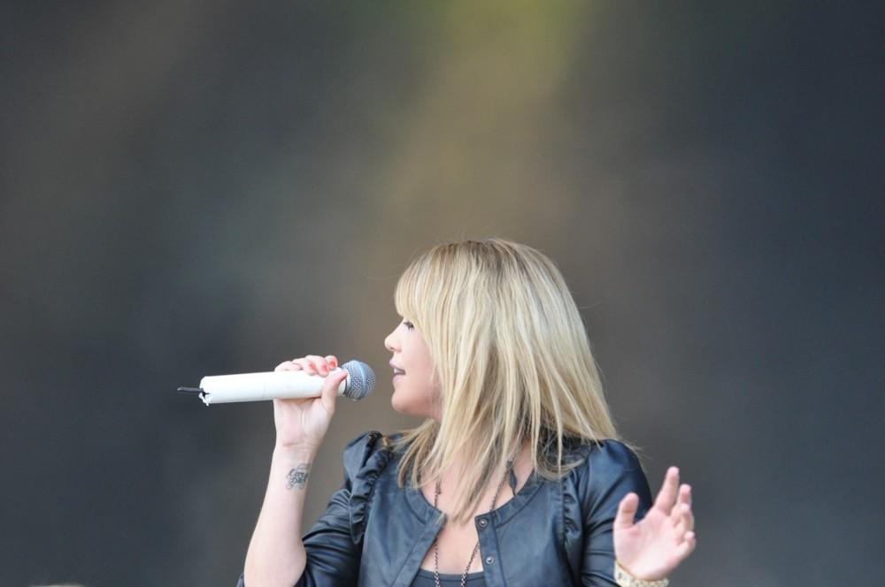 Anna David2