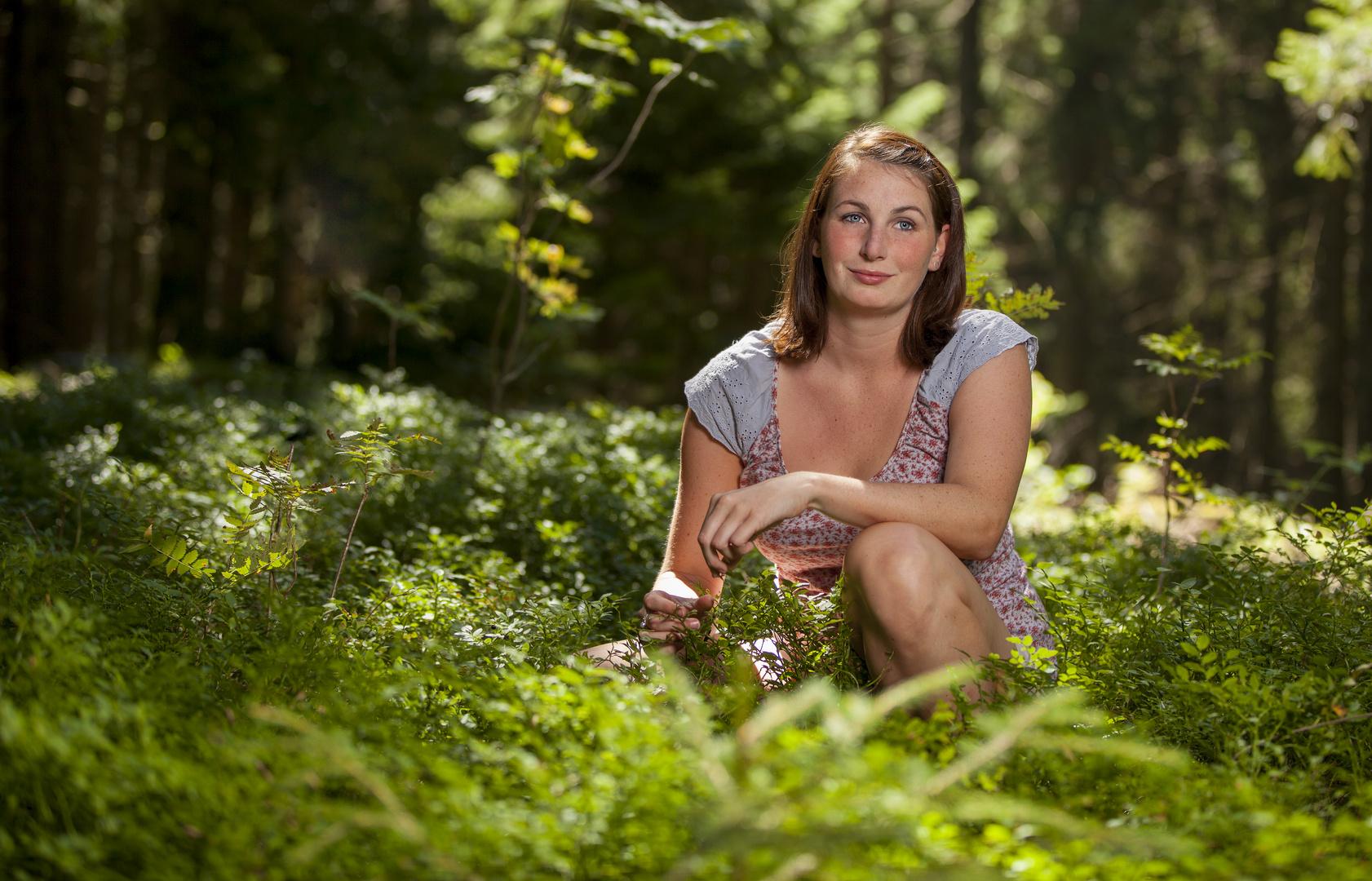 Anna Lisa im Wald . . .
