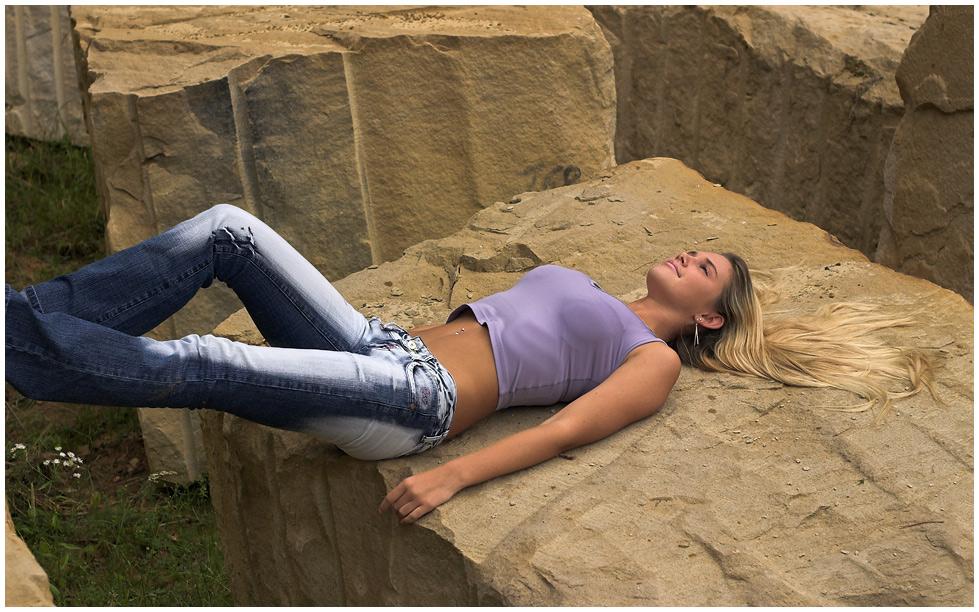 Annika on the rocks, aber ohne Füße ;-)
