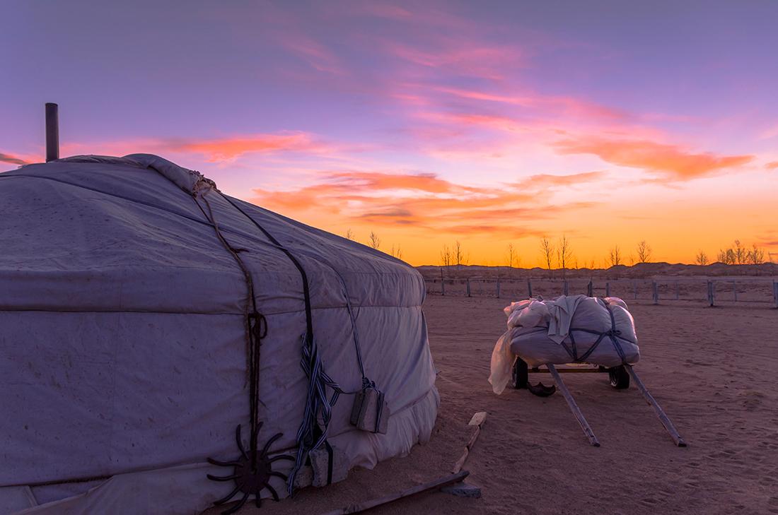 Anochece en el Gobi