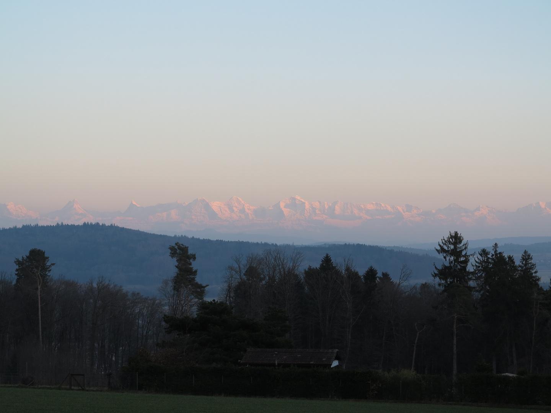 Anochecer en los Alpes Suizos
