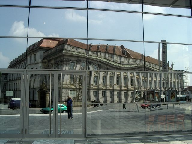 Ansbacher Schloss im Spiegel der Zeit