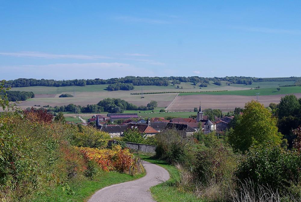 Ansicht eines Dorfes - Ubexy