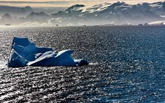 Antarctic Ice-Berg (3)