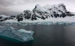 Antarctic Ice - Berg