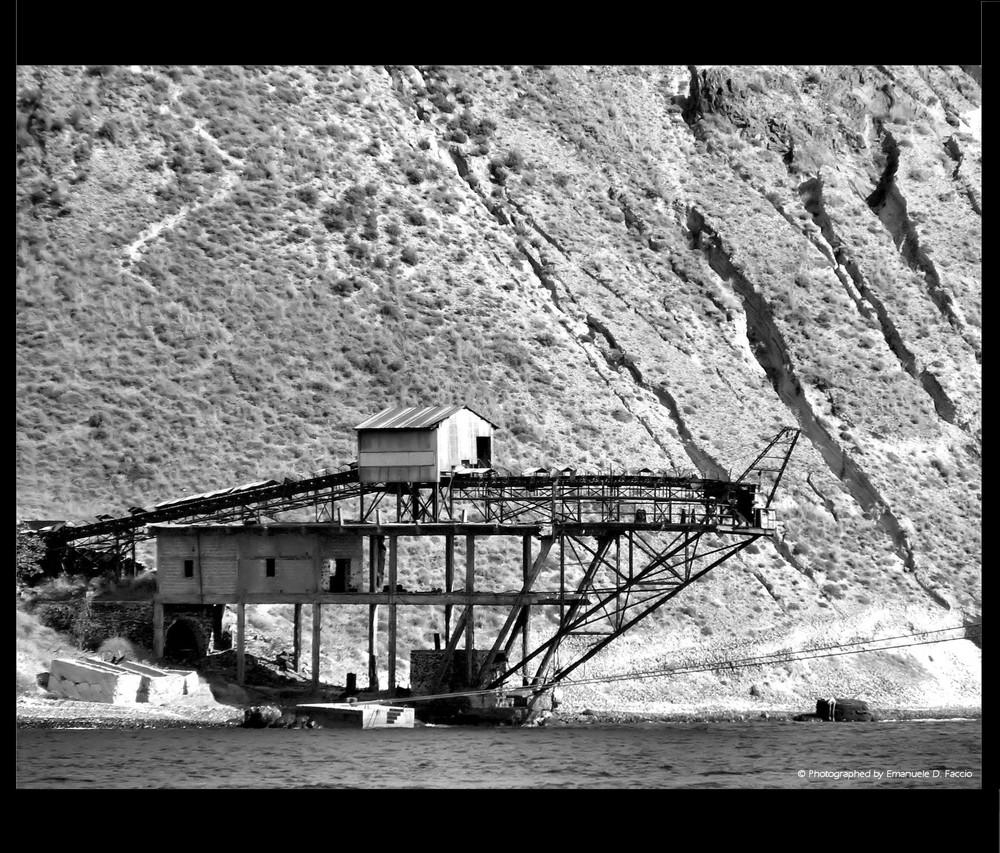 Antica cava di pomice - Thira - Santorini