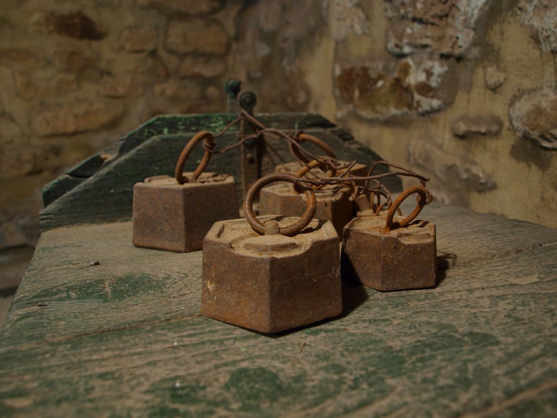Antiguas Pesas de hierro