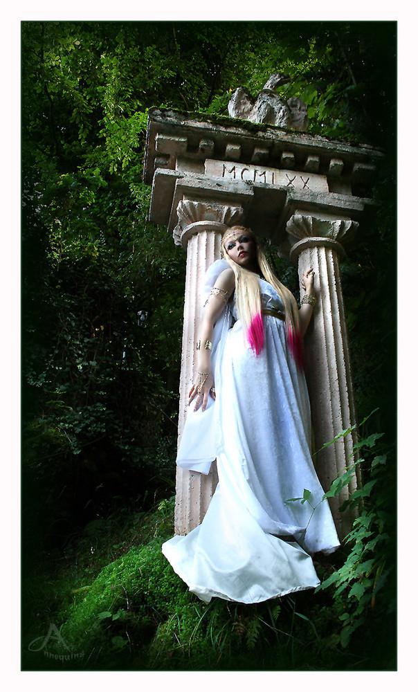 Antique Goddess 9