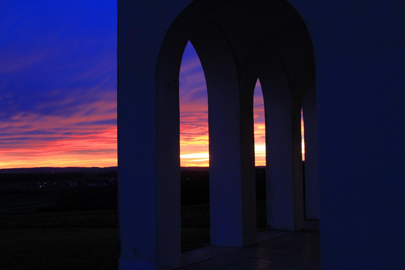 Antoniuskapelle vor Sonnenuntergang