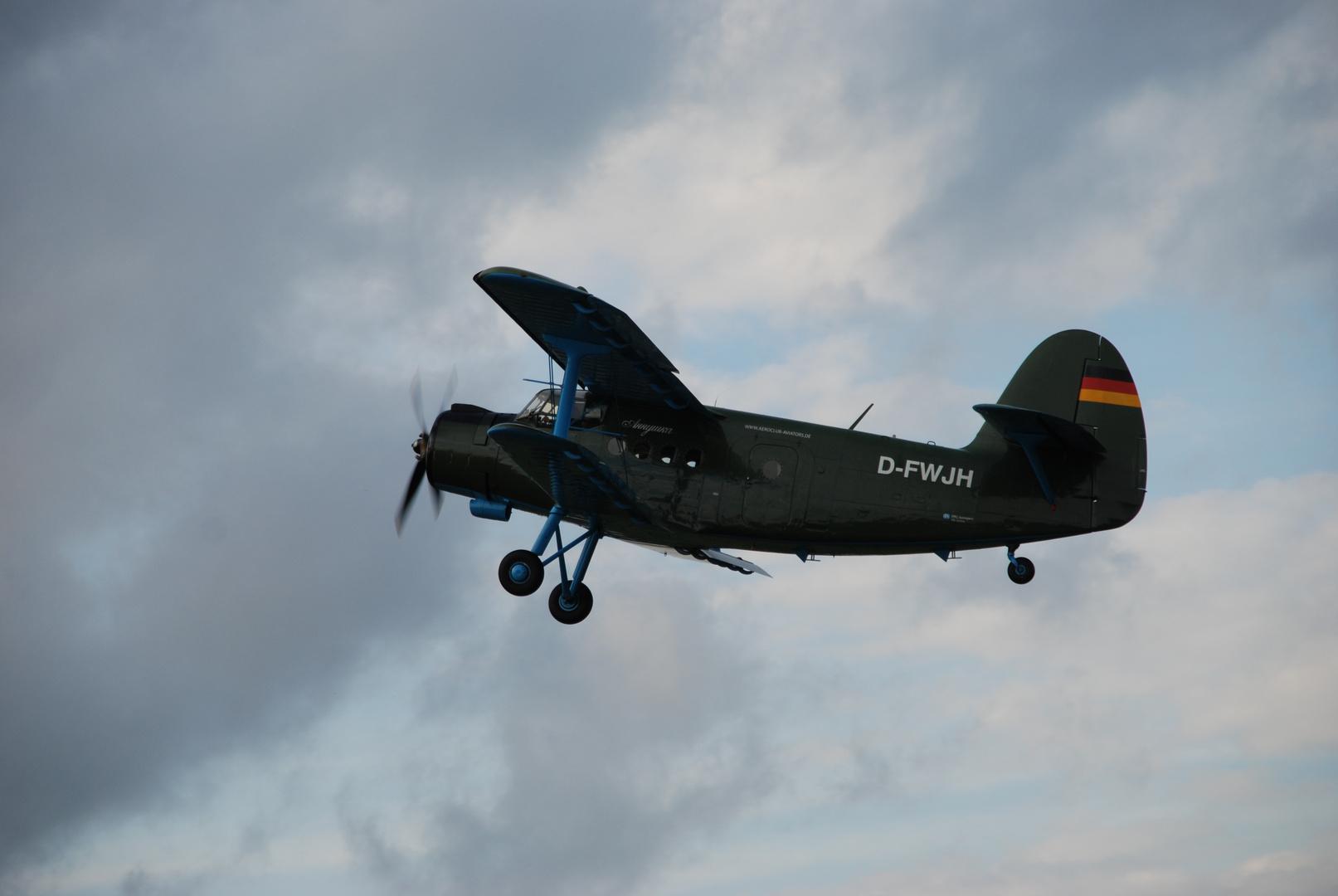 Antonov-2 zu Besuch in NMS I