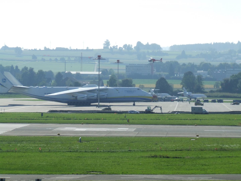 Antonov in Zürich am 24.09.2013