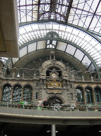 Antwerp- station