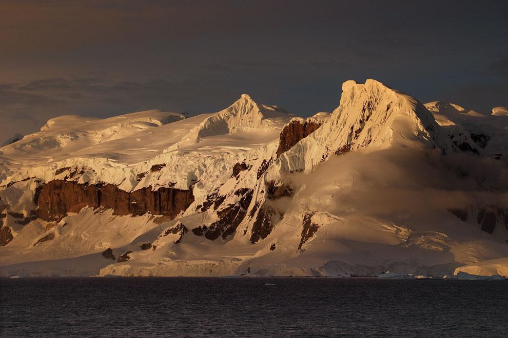 Anvers Island, péninsule Antarctique, vu depuis Le Diamant.
