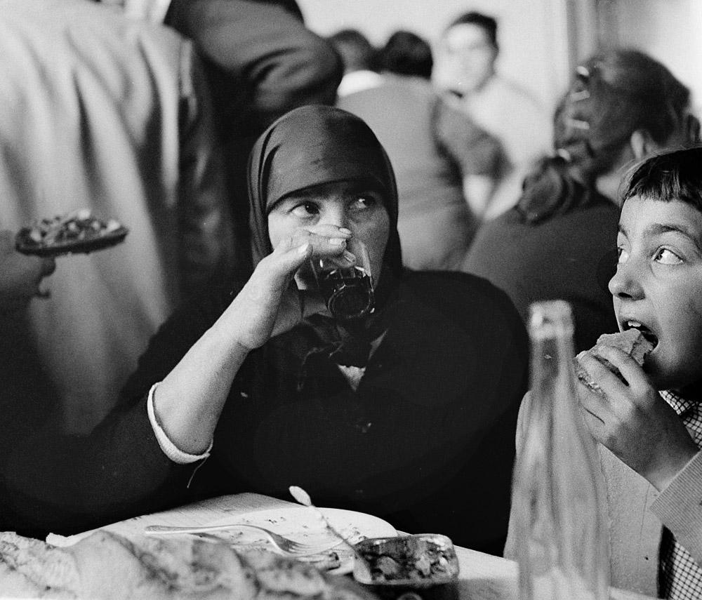 Año 1.964-En la feria de Monterroso, comida