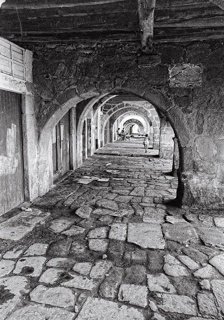 Año 1.969-SOPORTALES (Muros-A Coruña)