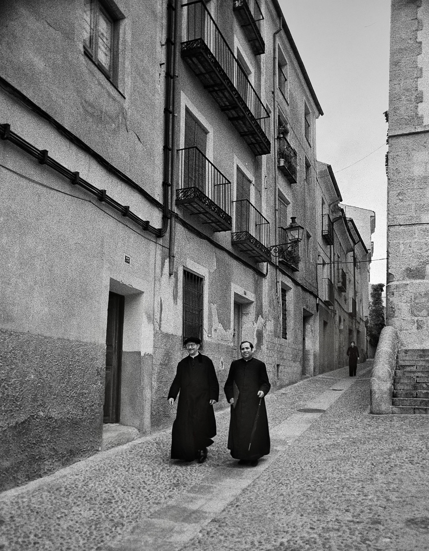 Año 1.976 - CON LA IGLESIA HEMOS TOPADO...EN CUENCA