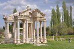 Aphrodisias Tetrapylon beim Heiligtum der Aphrodite