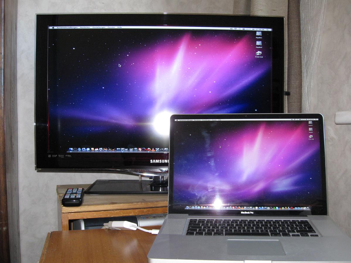 Apple MacBook Pro mit Samsung LE32C650