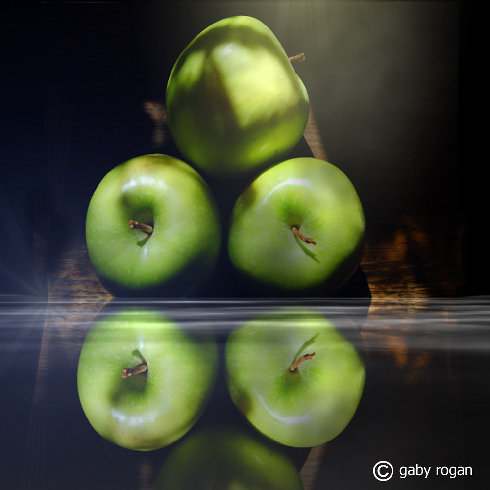 Apples in the Mirror