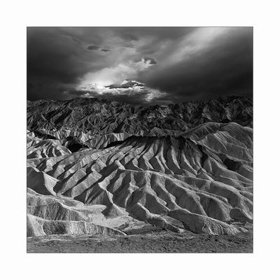 approaching thunderstorm at zabriskie point