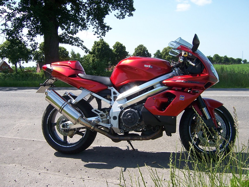 Aprilia SL1000 Falco