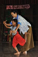 Apsara Dance Class 01