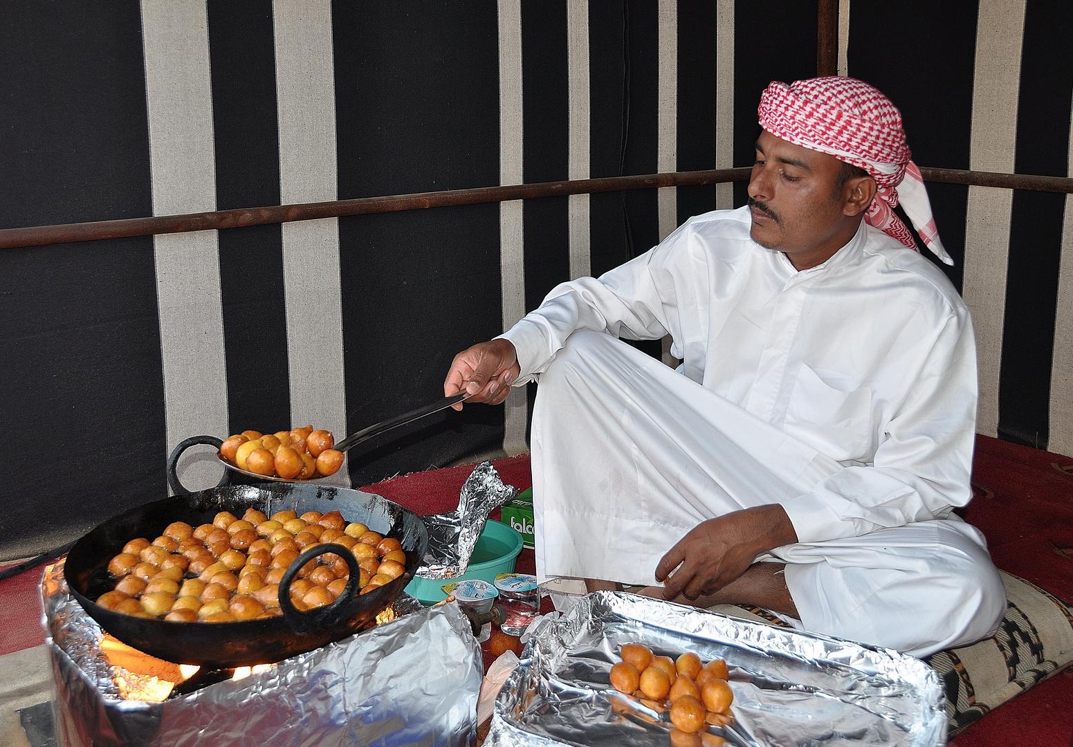 arabische kueche loqmat foto bild asia middle east united arab emirates bilder auf. Black Bedroom Furniture Sets. Home Design Ideas