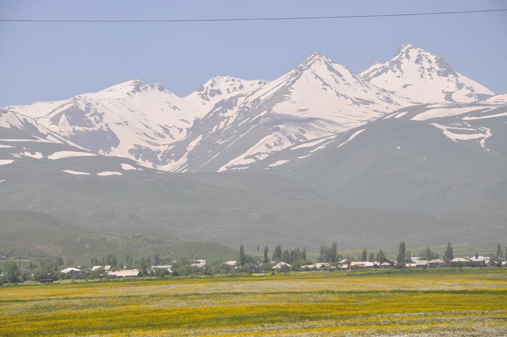 Aragac (4095m) Armenien