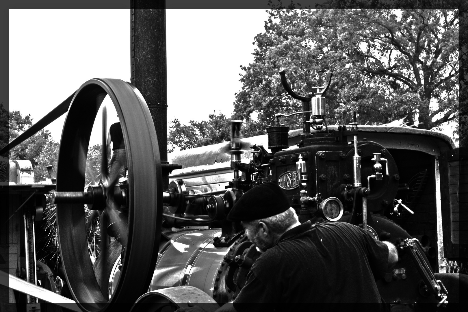 Arbeit an der Dampfmaschine