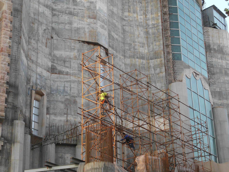 Arbeiter auf Höhengerüst (Sagrada Familia)