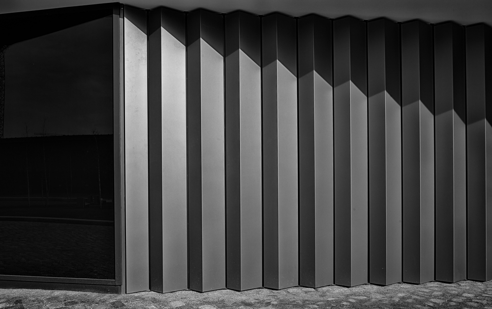 (architecture).melodie in b&w