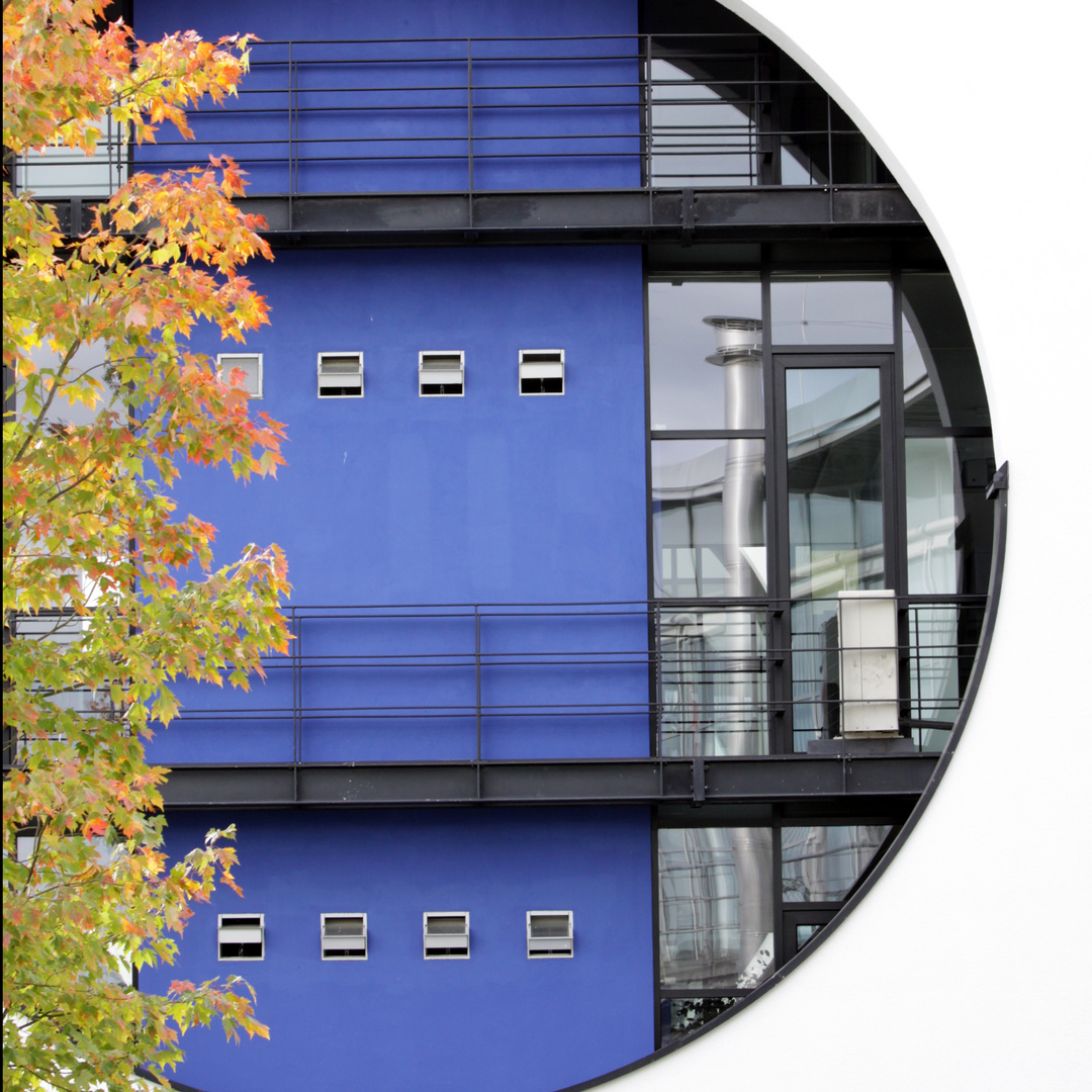 Architektur in blauen Rund