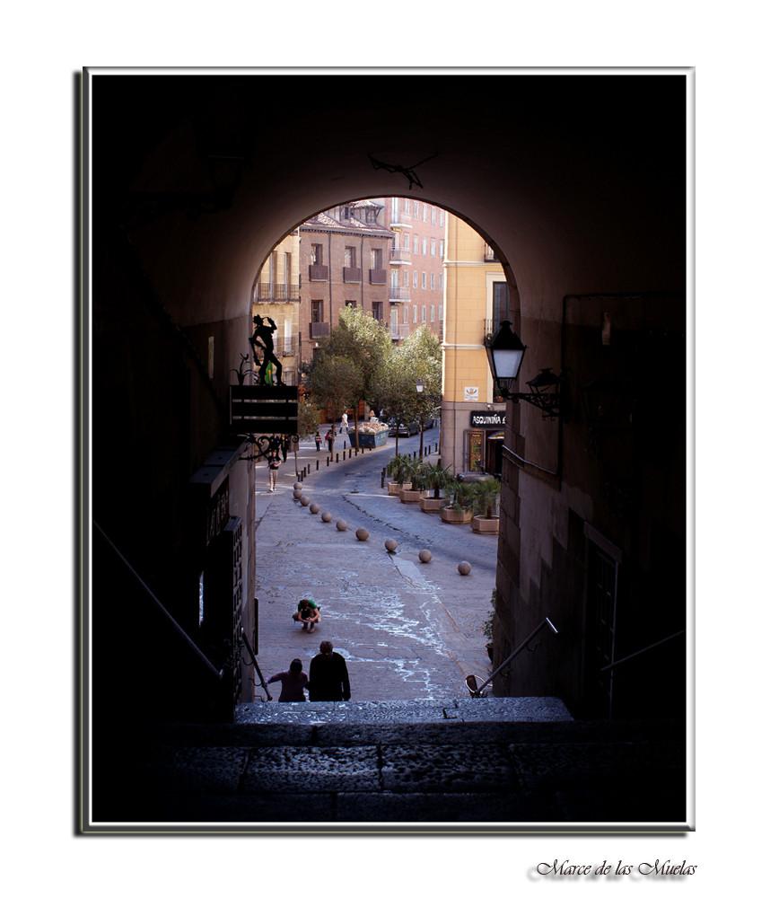 Arco de Cuchilleros-Plaza Mayor-Madrid