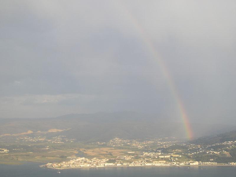 ARCO IRIS DESDE MONTE DE SANTA TECLA (GALICIA)