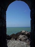 Arco sul mare