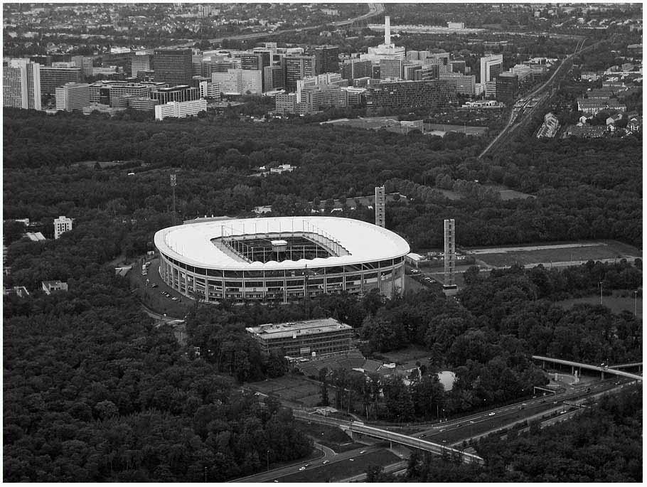 Arena für die Eintracht und die WM
