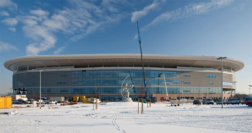 Arena im Schnee