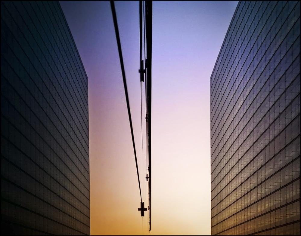 Ares-Tower gespiegelt, Wien, Donaucity