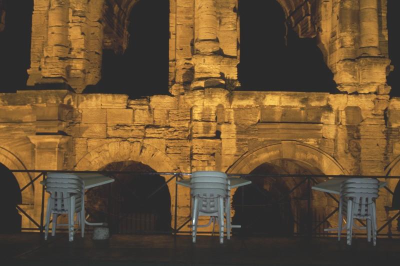 Arles bei Nacht