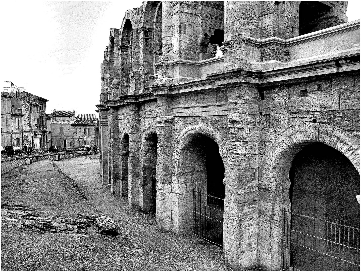 Arles, les arènes. 2