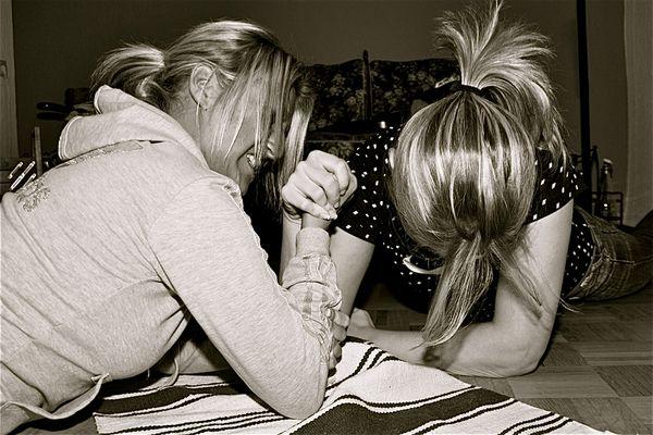armwrestling girls
