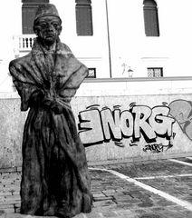 Arte a Venezia in bianco e nero...