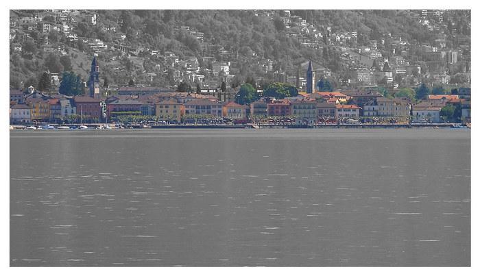 Ascona - ein bunter Streifen im Mai am Ufer des Lago