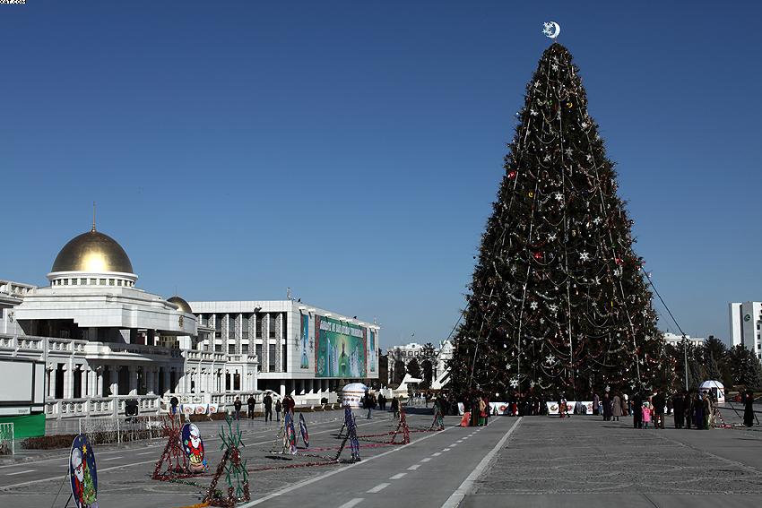 Ashgabat 01.01.2009 (09MV5_609)