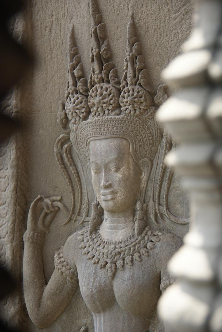 aspara, angkor wat, cambodia 2010